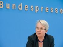 Bundesbildungsministerin Schavan zum Wissenschaftsfreiheitsgesetz