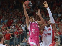 Brose Baskets Bamberg - Telekom Baskets Bonn