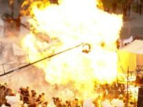 Gasgefüllte Ballons explodieren in Eriwan