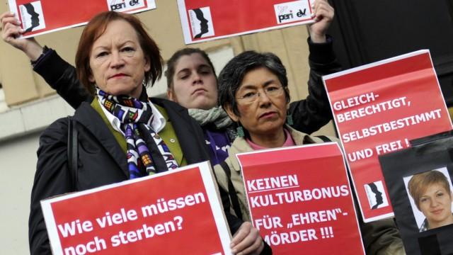 Urteile im Prozess um Tod von Arzu Ö. erwartet