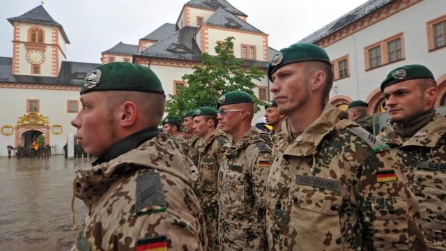 Soldaten zum Afghanistan-Einsatz verabschiedet