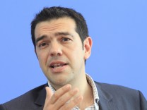 Alexis Tsipras bei der Linken in Berlin
