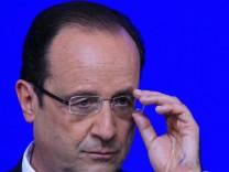 Keine Reise nach Kiew: Frankreichs Staatschef Hollande
