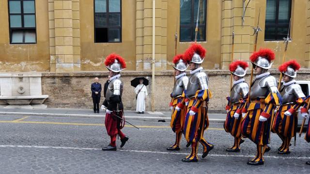 Vatikanbank Chef der Vatikanbank entlassen