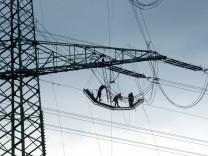 Plaene zum Ausbau des Stromnetzes stossen ueberwiegend auf Zustimmung