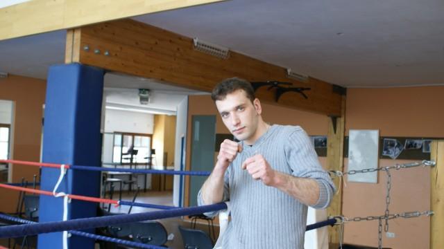 Jugendgewalt Boxcamp für straffällige Jugendliche
