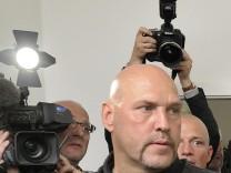 Anwalt: Hells-Angels-Chef sollte mit Razzia zu Fall gebracht werden