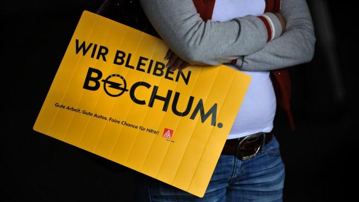 Betriebsversammlung im Bochumer Opel-Werk