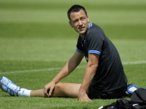 EURO 2012: Training England