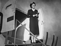"""Jenny Jugo in """"Die kleine und die große Liebe"""", 1938"""