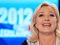 FRANCE2012-VOTE-LEGISLATIVES-FN-LE PEN