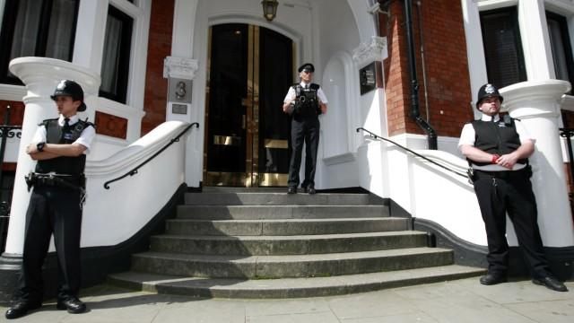Julian Assange Wikileaks-Gründer in Ecuadors Botschaft geflüchtet