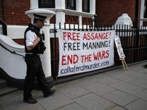 Assange seeks refuge in Ecuador's embassy in London