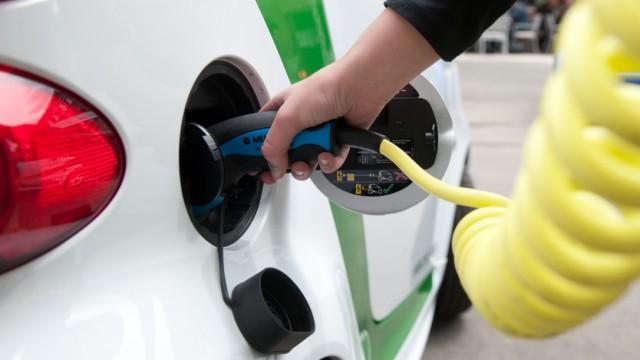 Elektroauto, Elektromobilität, Akku, Strom, Ramsauer