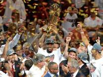 LeBron James feiert mit Miami Heat NBA-Sieg