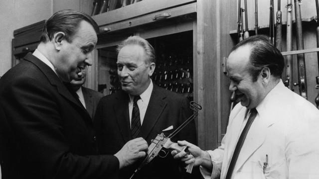 Antrittsbesuch von Hans-Dietrich Genscher beim BKA in Wiesbaden, 1969