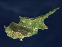 Zypern Finanzkrise Euro Rettungsschirm