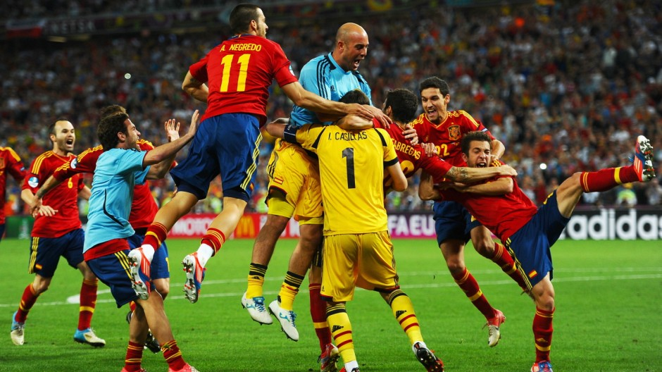 ***BESTPIX*** Portugal v Spain - UEFA EURO 2012 Semi Final