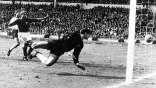 Fußball Umstrittene Tore der Fußball-Geschichte