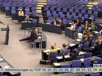 Abstimmung über neues Meldegesetz im Bundestag