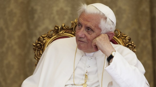 Papst Benedikt XVI. Titanic