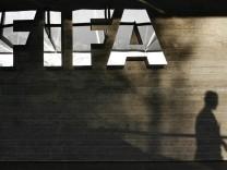 FIFA bestaetigt Schmiergelder an Havelange und Teixeira