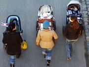 Mütter mit Kindern, Frankfurt a. M., dpa