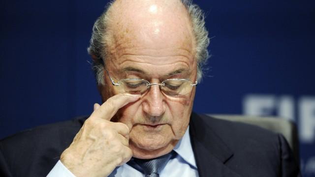 Blatter im Kreuzfeuer der Kritik