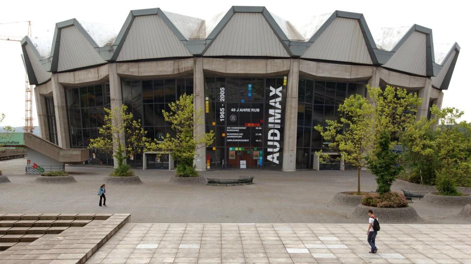 Bochumer Universität wird saniert