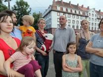 MUENCHEN: Mieterprotest / Agnes-Bernauer-Strasse 1 / Patrizia-Wohnanlage