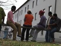 Asylbewerber erhalten ab sofort mehr Geld vom Staat