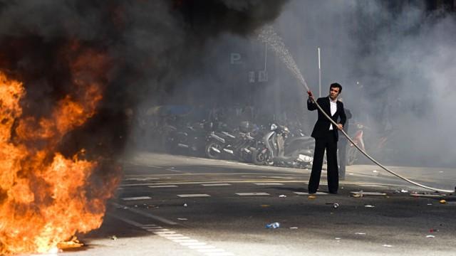 BESTPIX   University Students Protest In Barcelona