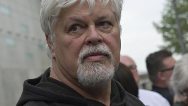 Tierschützer Paul Watson auf der Flucht