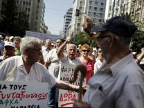 Pensioners protest against government reforms