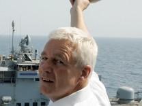 Streit um Ausflaggung des Traumschiffs 'Deutschland'