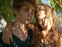 Pubertät Sexualität Jugendlich Das erste Mal Verhütung Aufklärung