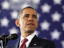 Obama visits Fort Bragg