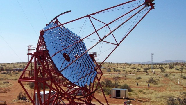H.E.S.S.-Spezialteleskop in Namibia