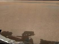 """Panoramabild der Marsoberfläche, aufgenommen vom Nasa-Rover """"Curiosity""""."""