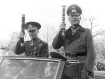 Ion Antonescu und Wilhelm Keitel, 1941 Scherl / SZ Photo