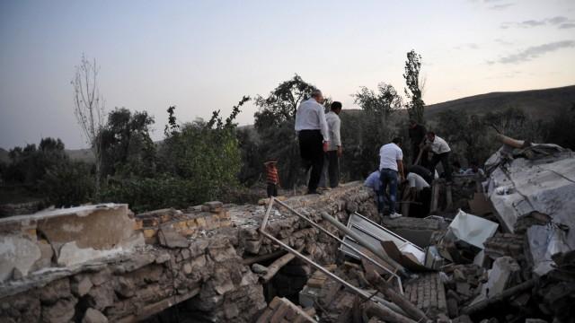 Erdbeben im Iran Nahe Millionenstadt Täbris
