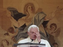 Benedict XVI, Papst, Vatileaks, Geschenke