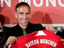 FC Bayern München - Vorstellung Luca Toni und Franck Ribéry