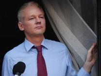 Julian Assange in der ecuadorianischen Botschaft im zentralen Londoner Stadtteil Knightsbridge (Archivbild von 2012).