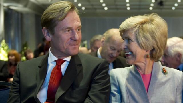 Friede Springer schenkt Verlagschef Doepfner Aktien in Millionenwert