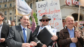 Freie Wähler Rechtsextreme bei Freie-Wähler-Demos