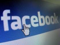 Facebook fällt auf neues Allzeittief