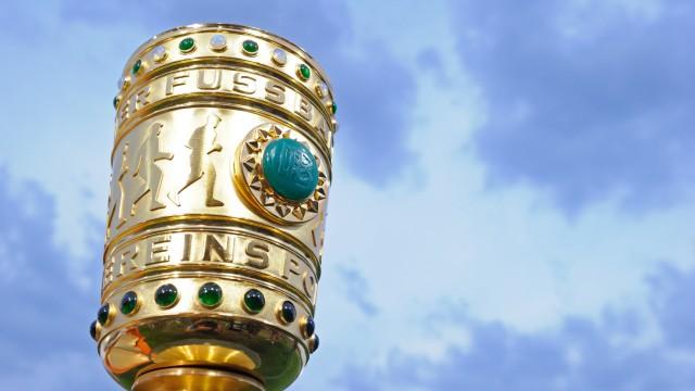 SSV Jahn Regensburg - FC Bayern Muenchen