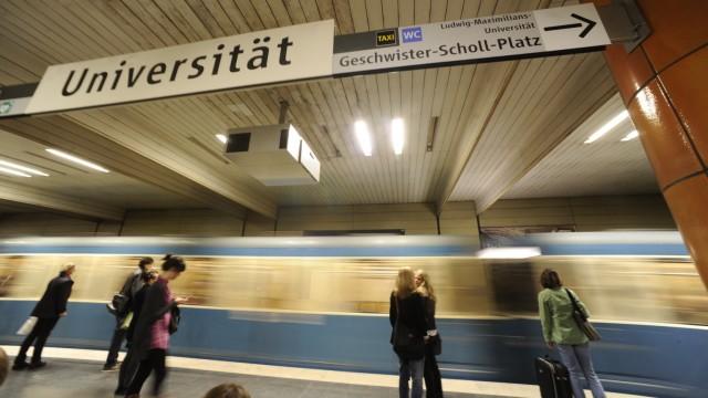U-Bahnhof Universität in München, 2010