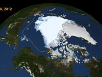 Das arktische Eis schmilzt
